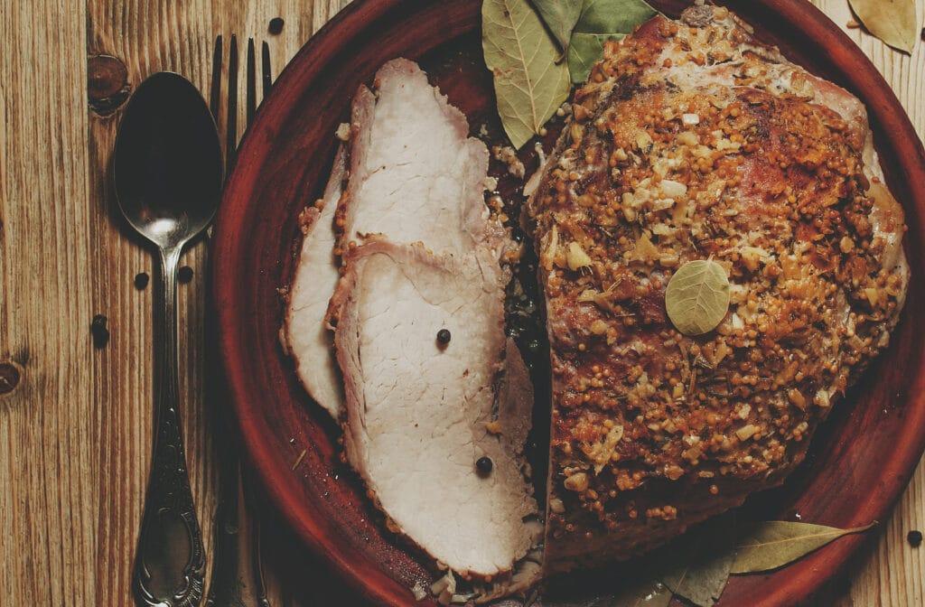 Фото рецепта - Буженина из свиной шеи в вине - шаг 5