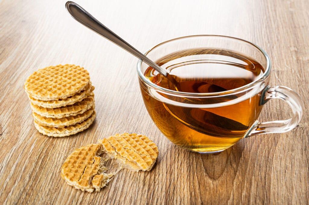 Фото рецепта - Голландские вафли с мёдом - шаг 4