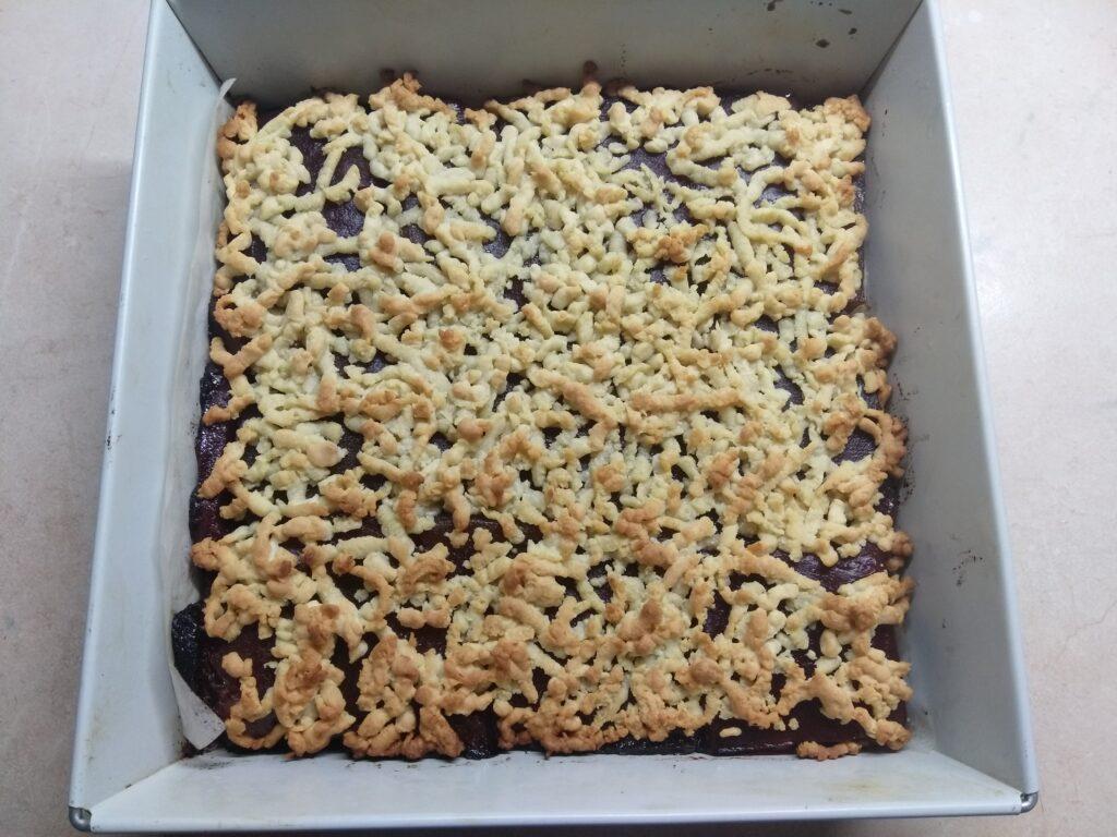 Фото рецепта - Тертый пирог с повидлом - шаг 5