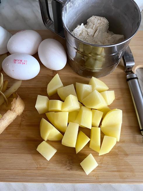 Фото рецепта - Суп с клёцками и овощами - шаг 4