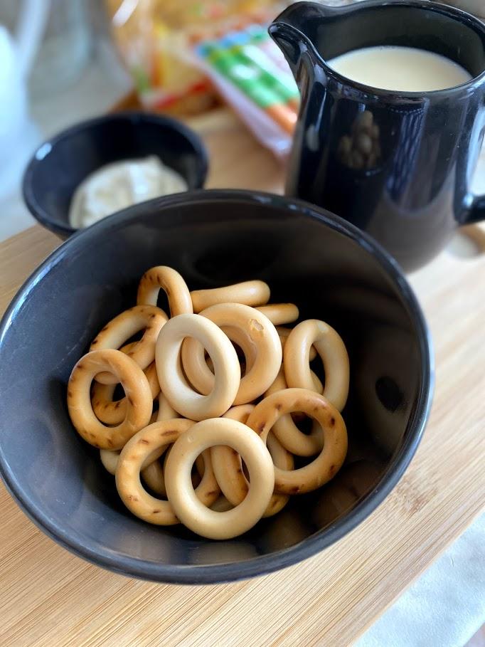 Фото рецепта - Сосиски в сушках - шаг 2