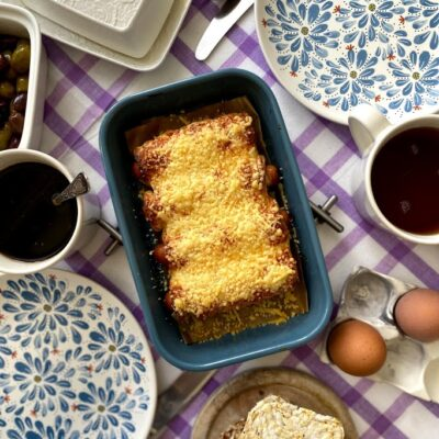 Сосиски в сушках - рецепт с фото