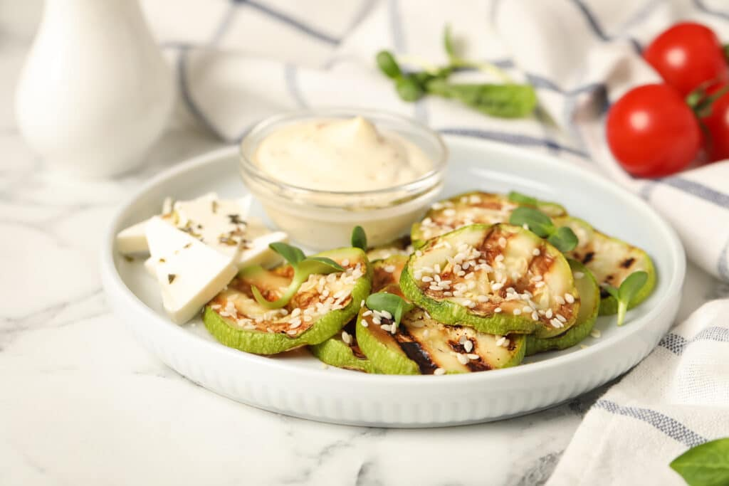 Фото рецепта - Кабачки в соевом соусе на гриле - шаг 5