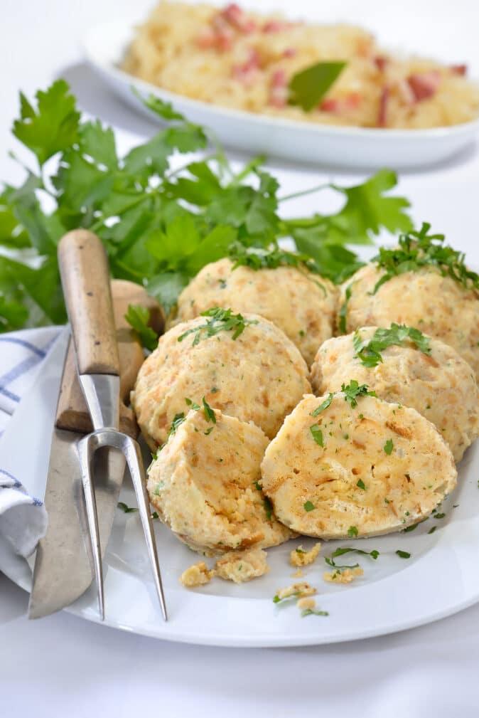Фото рецепта - Куриные тефтели с хлебом и рисом - шаг 5