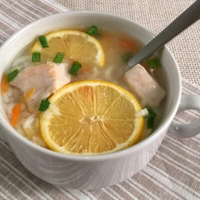 Лимонный куриный суп с рисом
