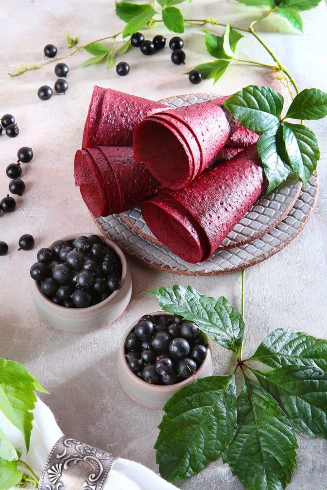 Фото рецепта - Пастила из черной смородины - шаг 5