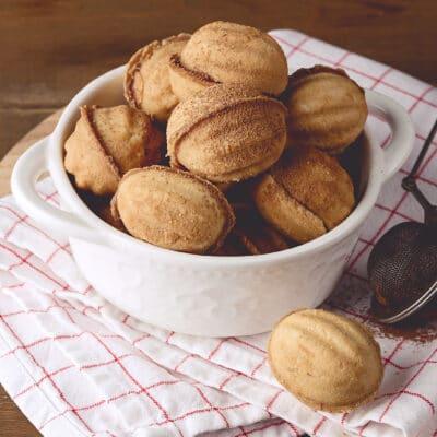 Сладкие орешки - рецепт с фото