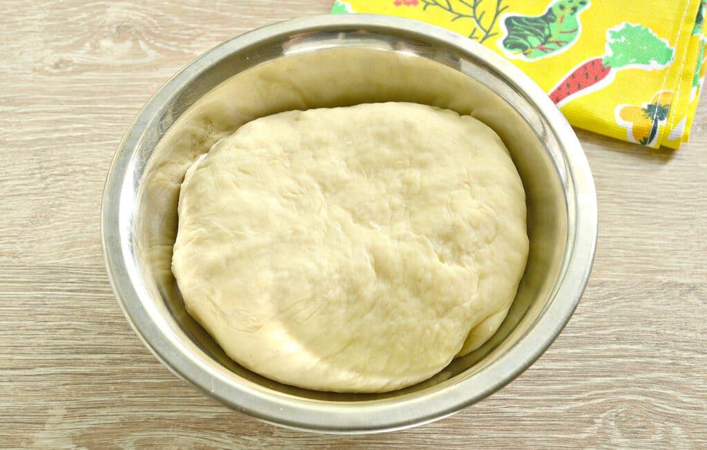 Фото рецепта - Картофельный пирог с грибами (тесто на кефире) - шаг 1
