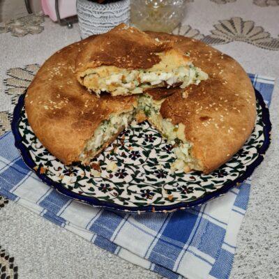 Пирог с яйцом, зеленым луком и рисом - рецепт с фото