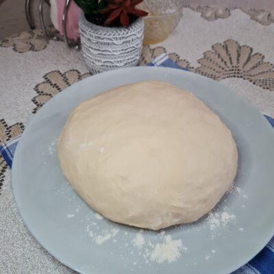 Универсальное тесто для пельменей и вареников - рецепт с фото