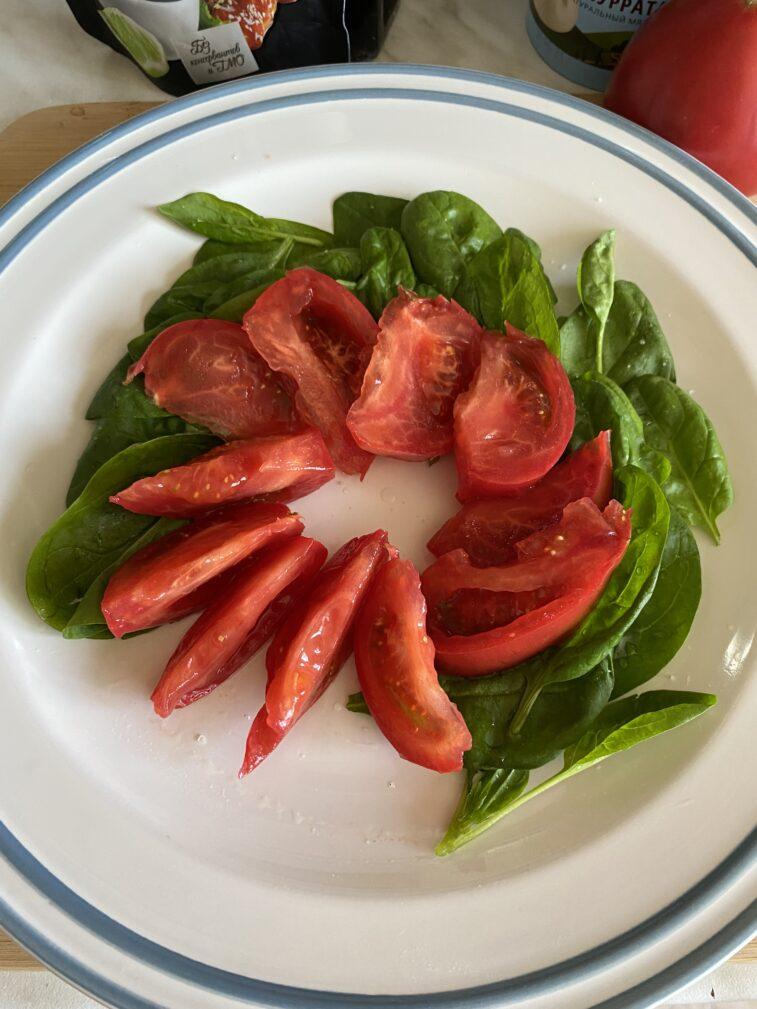 Фото рецепта - Салат с бурратой - шаг 5