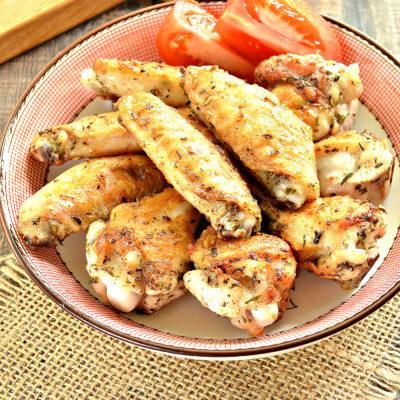 Крылышки в специях на сковороде гриль - рецепт с фото