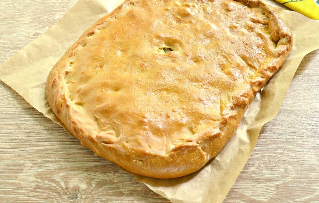 Фото рецепта - Картофельный пирог с грибами (тесто на кефире) - шаг 7