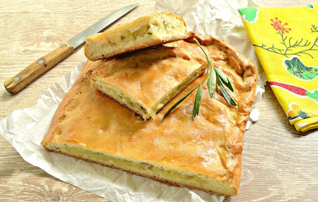 Фото рецепта - Картофельный пирог с грибами (тесто на кефире) - шаг 8