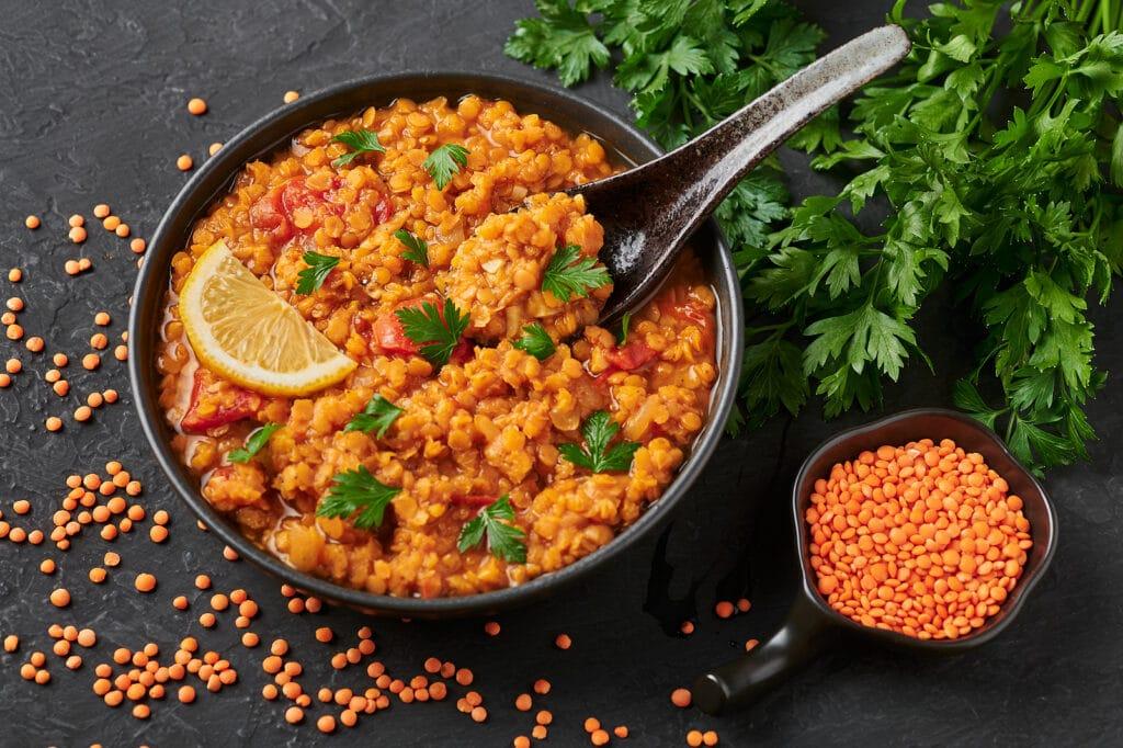 Фото рецепта - Чечевица с овощами (гарнир) - шаг 5