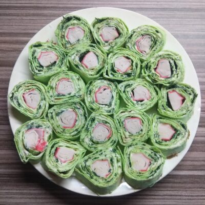 Рулеты из лаваша с плавленым сыром и крабовыми палочками - рецепт с фото