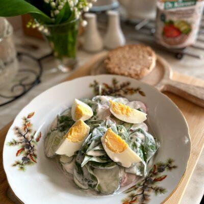 Салат из редиса со шпинатом - рецепт с фото
