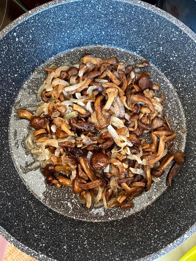Фото рецепта - Картофель с начинкой в духовке - шаг 9