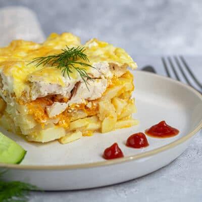 Картофельная запеканка с курицей в духовке - рецепт с фото
