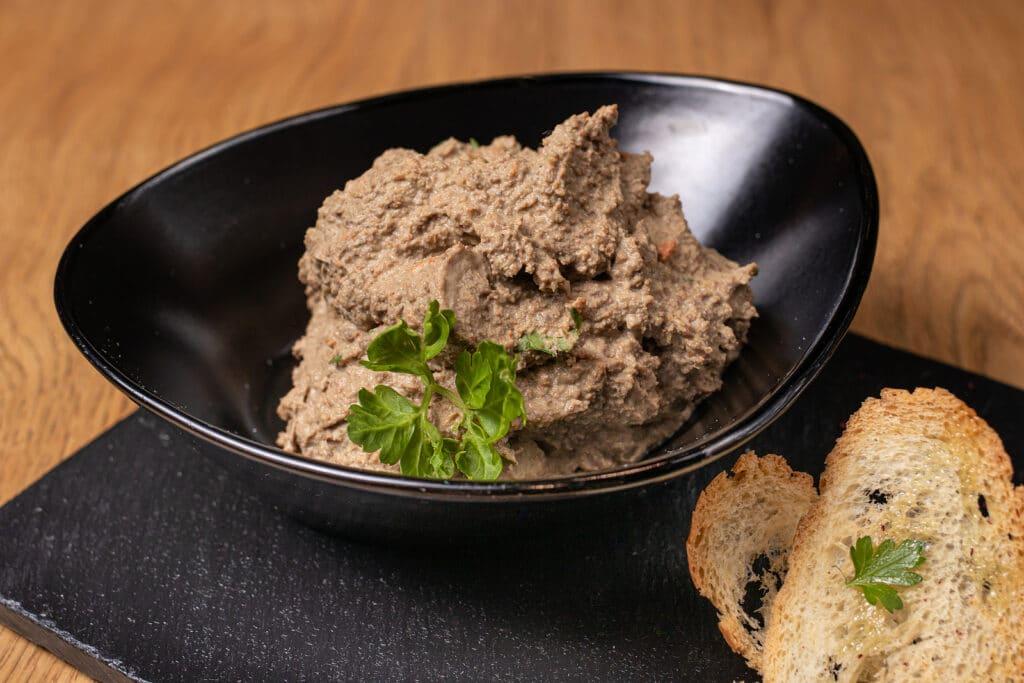 Фото рецепта - Паштет из говяжьей печени и мяса - шаг 6