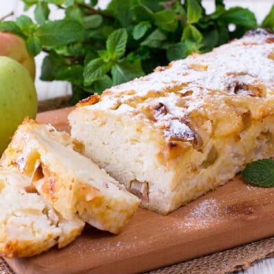 Рисовая сладкая запеканка с яблоками