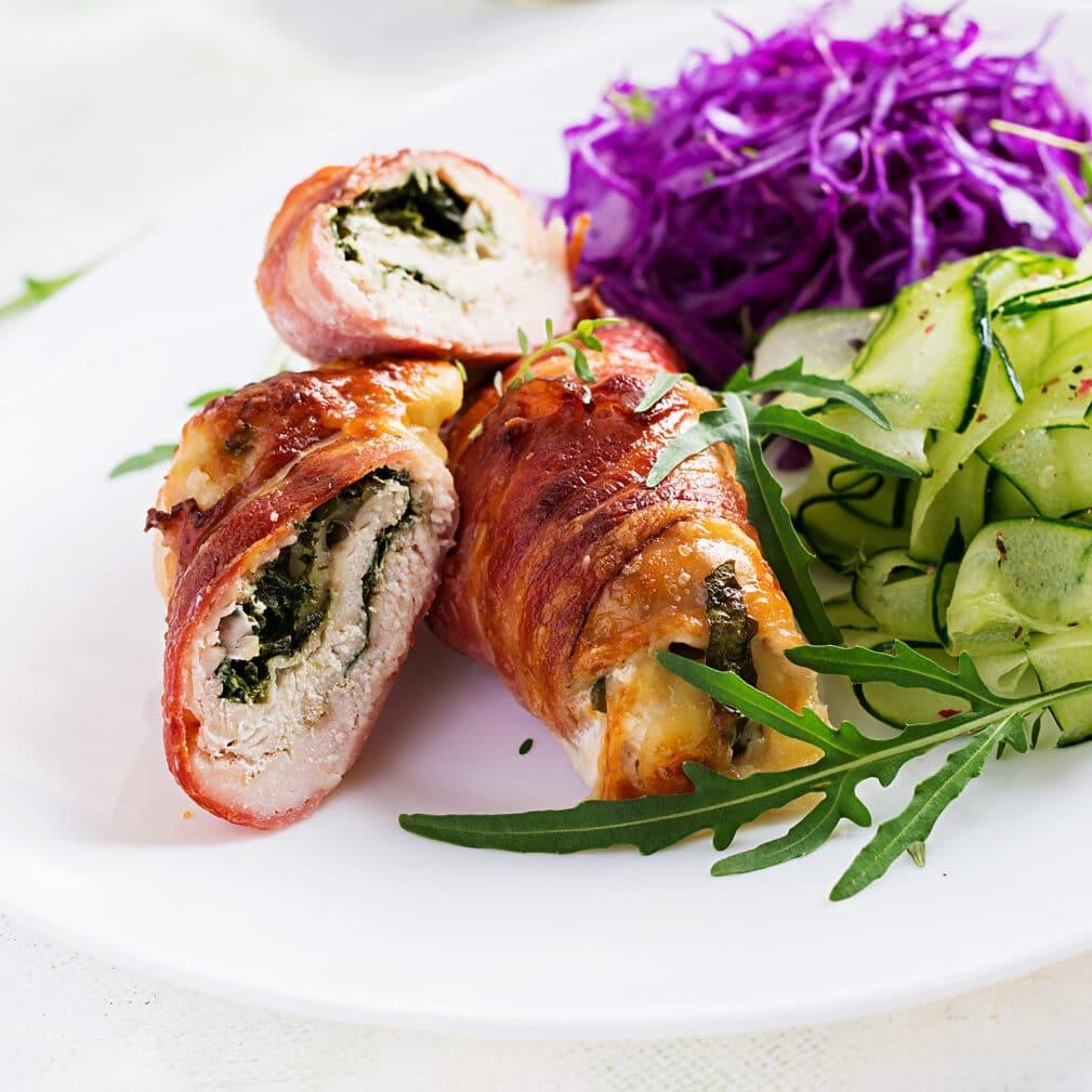 Фото рецепта - Рулетики из курицы в беконе, фаршированные зеленью - шаг 8