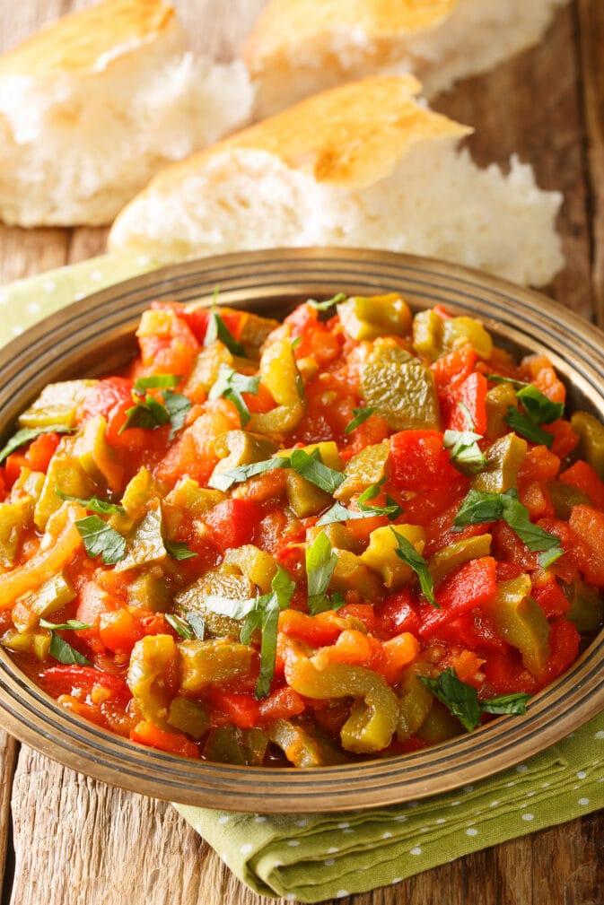 Фото рецепта - Салат из болгарского перца - шаг 5