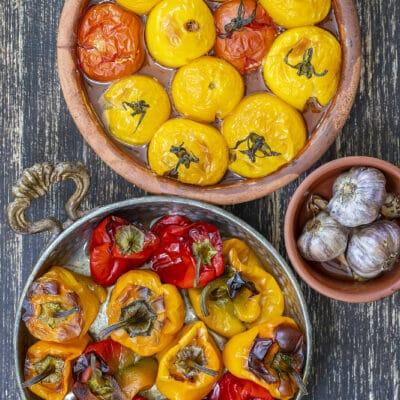 Запеченные в духовке помидоры с болгарским перцем