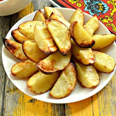 Картофель по-деревенски в сковороде гриль-газ - рецепт с фото