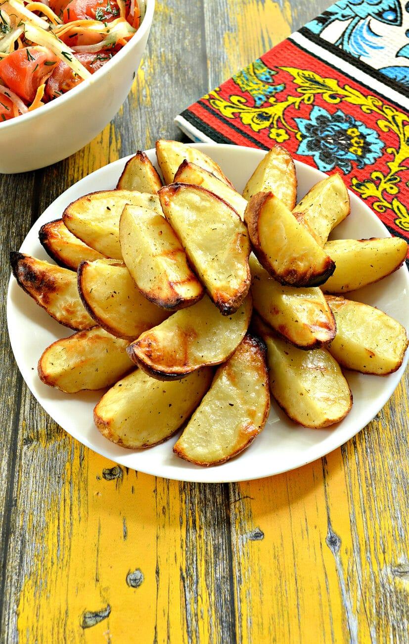 Картофель по-деревенски в сковороде гриль-газ