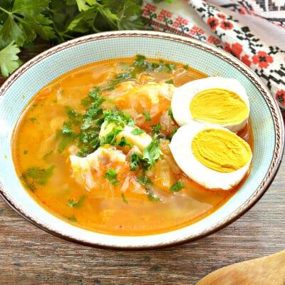 Щи с белокочанной капустой и яйцом - рецепт с фото