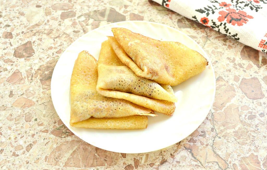 Фото рецепта - Конвертики из блинов с вишневой начинкой - шаг 7