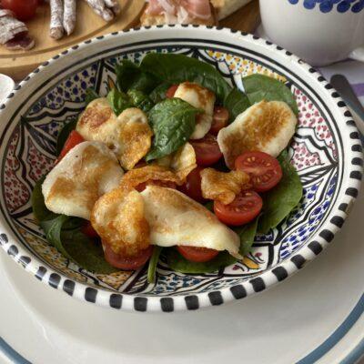 Салат с халуми - рецепт с фото