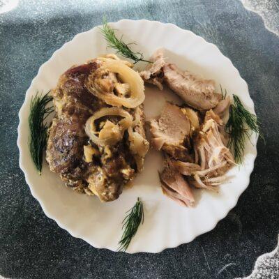Сочная свинина в духовке - рецепт с фото