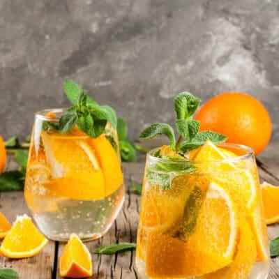 Газированный напиток на основе апельсинов