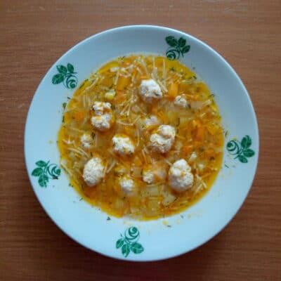 Суп с макаронами и свиными фрикадельками - рецепт с фото