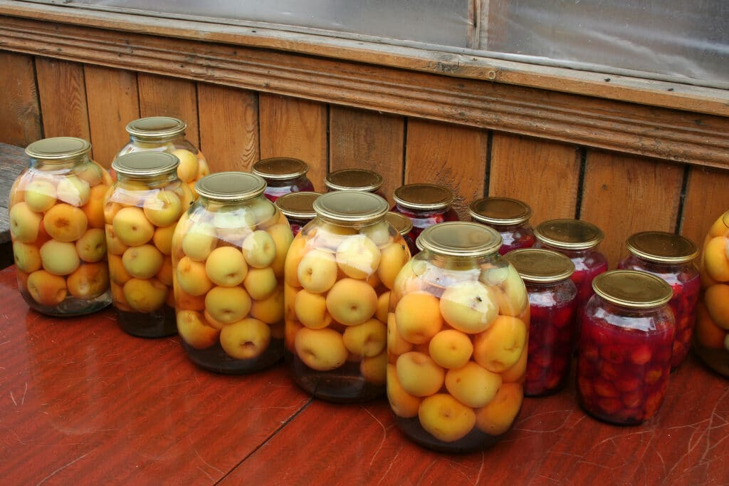 Фото рецепта - Яблоки консервированные - шаг 9