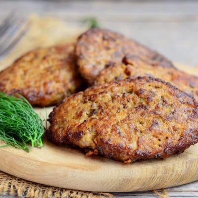 Котлеты из куриной печени с морковью - рецепт с фото