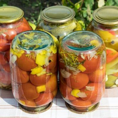 Маринованные помидоры с перцем, без стерилизации