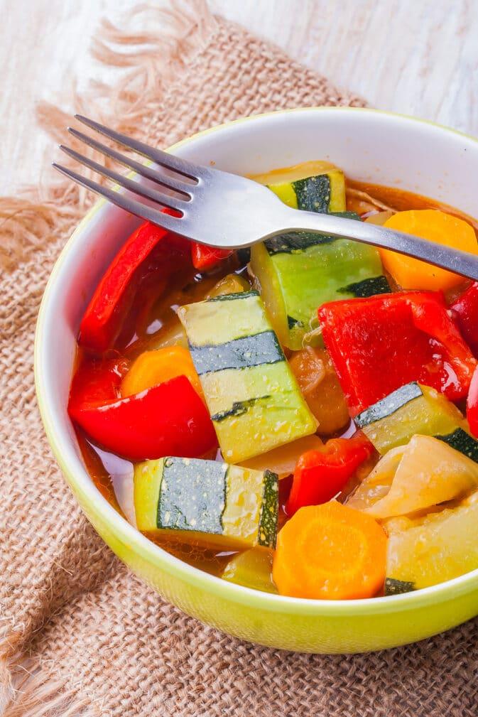 Фото рецепта - Рагу из овощей - шаг 6