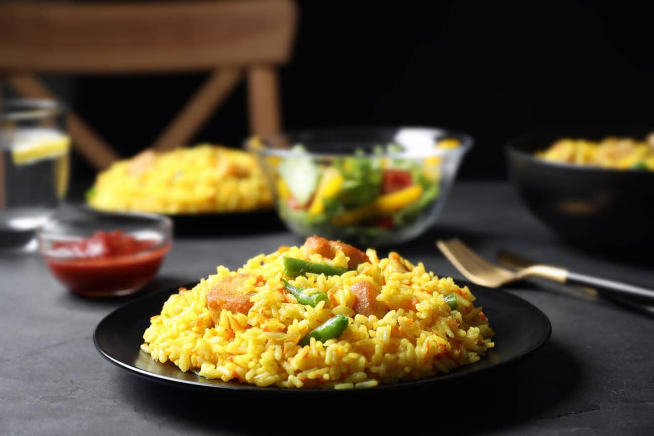 Рис с курицей и стручковой фасолью