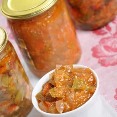 Салат на зиму из огурцов и перца