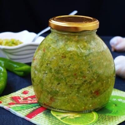 Аджика из болгарского и острого перца - рецепт с фото