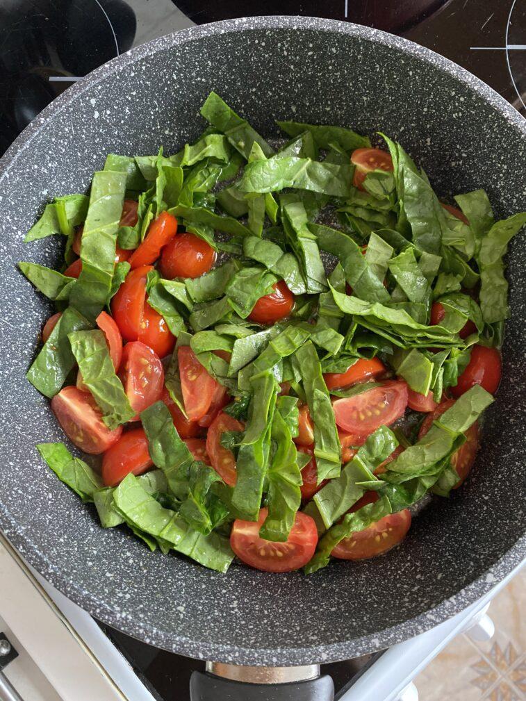 Фото рецепта - Паста с морскими гребешками и шпинатом - шаг 4