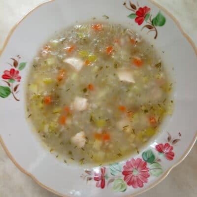 Куриный суп с кабачками и перловкой - рецепт с фото