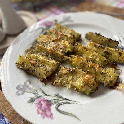 Запеченные кабачки с сыром - рецепт с фото
