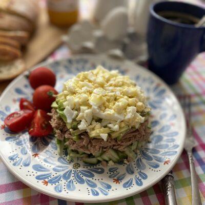 Салат с тунцом и авокадо - рецепт с фото