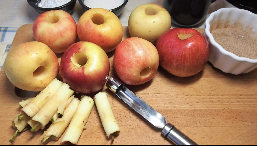 Фото рецепта - Яблочные розы - шаг 6