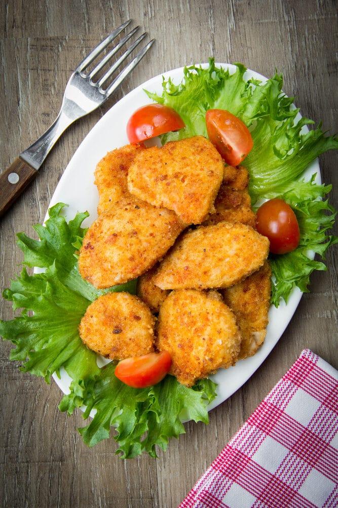 Куриные наггетсы в панировочных сухарях