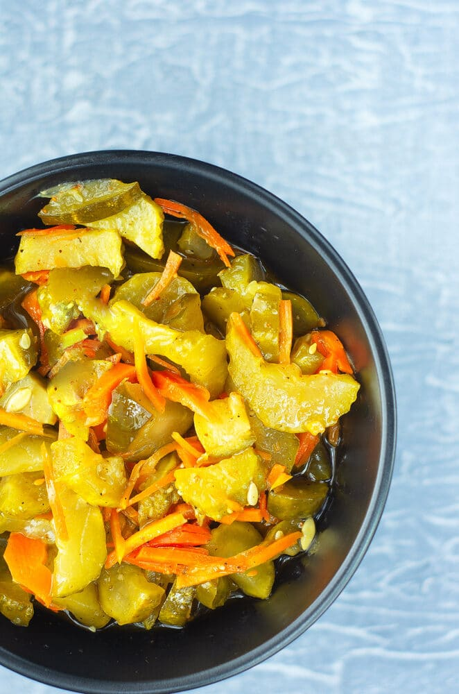Салат из огурцов и моркови на зиму